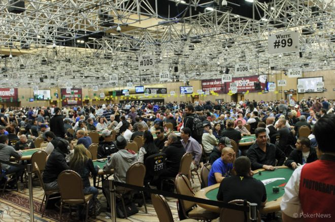 2013 World Series of Poker Little One for One Drop Draws Massive Field on Day 1a 0001