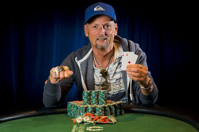 Окончен турнир #56: $2,500 No-Limit Hold'em 0001