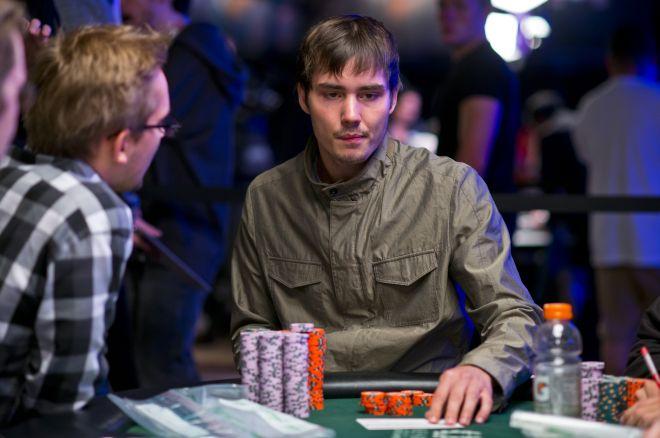 WSOP pagrindiniame turnyre lieka jau tik 27 žaidėjai 0001