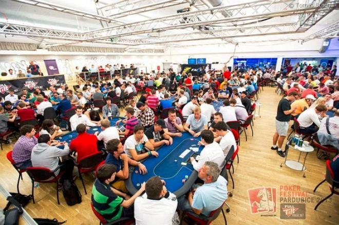 PFP 2013: Rekordní Main Event chipleaduje po prvních dnech Němec Jonas Kilian 0001