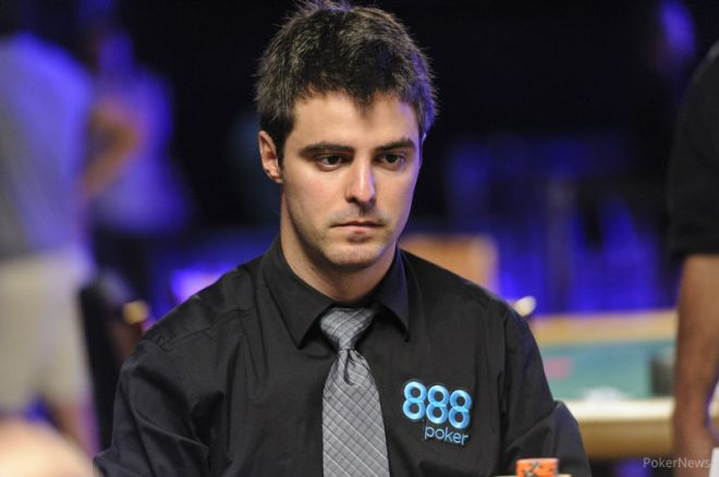 Strategy with Kristy: Max Steinberg Talks About Getting Three-Outed For a Bracelet 0001