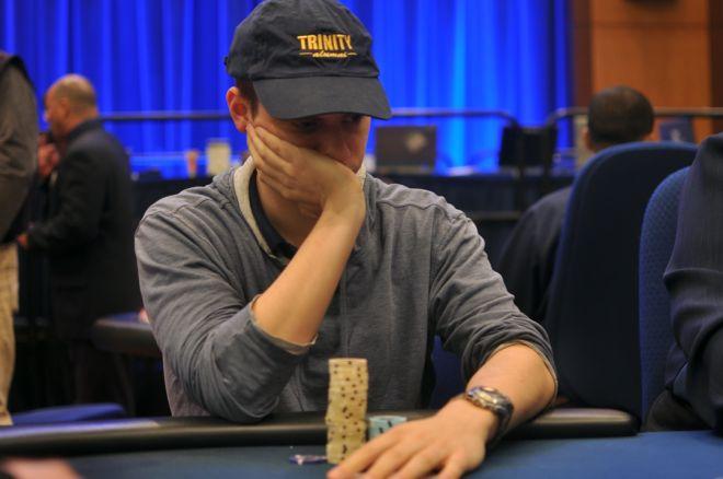 Возвращение Страссера в турнирный покер 0001