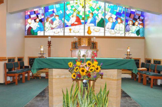 Священика в Массачусетсі звинувачують у крадіжці $ 230,000 та витраті їх на азартні ігри 0001