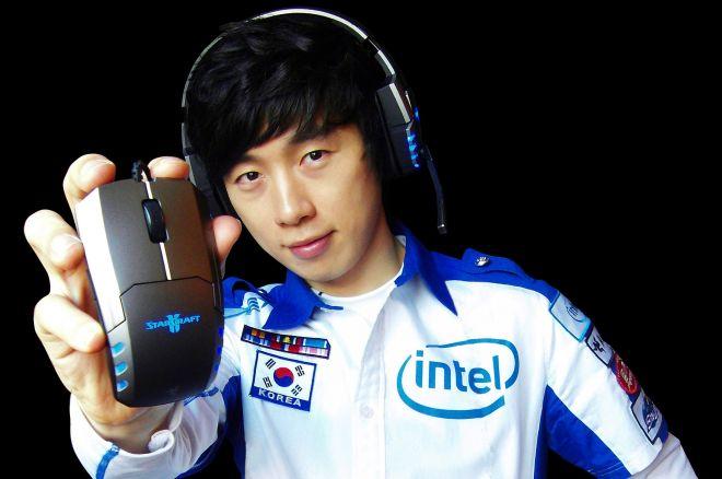 """""""Elky"""" pramintu keliu: vienas geriausių """"StarCraft"""" žaidėjų tapo pokerio... 0001"""