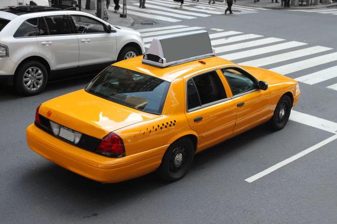Įvykis Las Vegase: taksi vairuotojas grąžino pokerio žaidėjo paliktus $300,000 0001