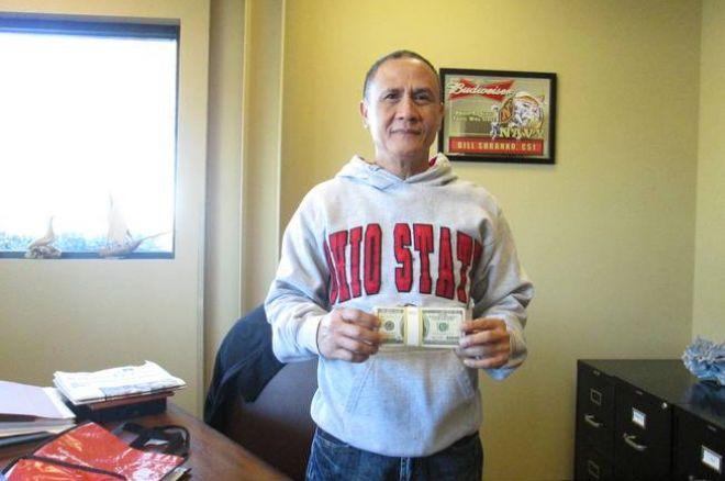 Taxista que devolveu os $300,000 recebeu $10 Mil de Recompensa 0001