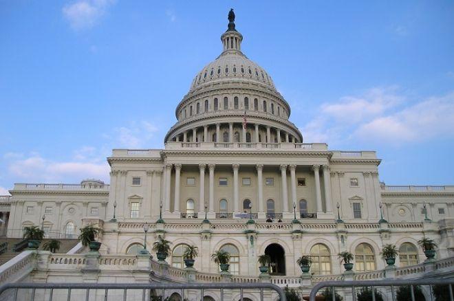 Democratic Battle Lines Form as Adelson's Anti-Web Gambling Bill Nears 0001