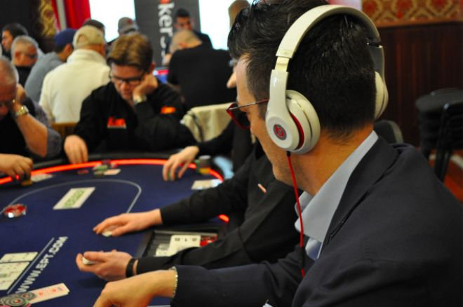 What Are The Best Poker Headphone Brands? 0001