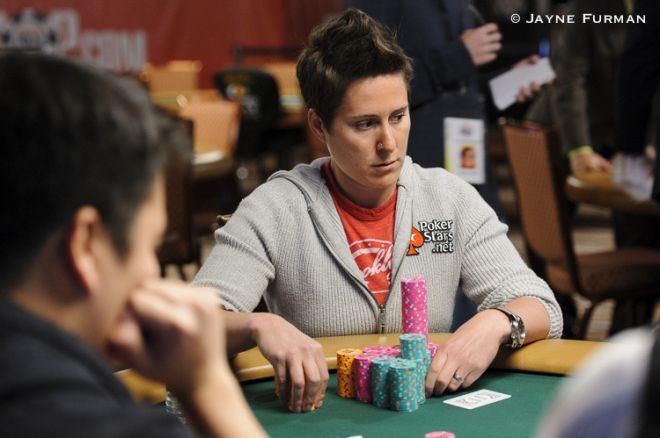 WSOP día 3: Vanessa Selbst busca el triplete de brazaletes (actualizado) 0001
