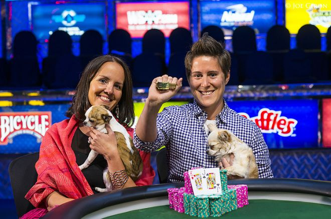 Pokerio profesionalė Vanessa Selbst pasipuošė 3-iąją WSOP apyranke 0001