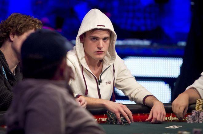 Delving Into Author Zachary Elwood's Database of Poker Tells 0001