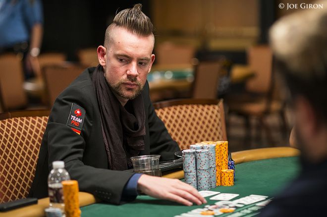 WSOP What to Watch For: Danzer Racing Ahead in $10K Stud Hi-Low; Bonomo, Savage, Chad Chasing 0001