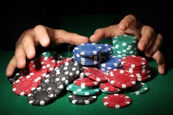 Amerikiečiai pokerį žaidžia ir greitkelyje (Foto) 0001
