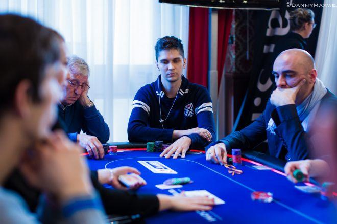 Olorionek dla PokerNews analizuje: 72off z BB 0001