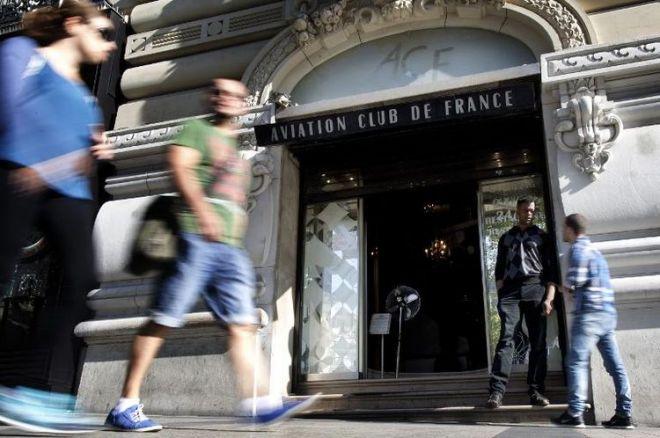 Buscas e Detenções no Aviation Club de France 0001