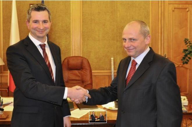 Minister finansów Mateusz Szczurek i wiceminister Jarosław Neneman, foto mf.gov.pl