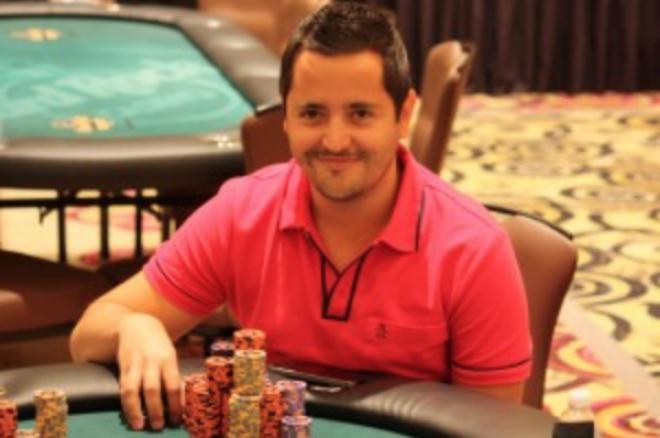 Jose Manuel Nadal como chipleader del evento #7 del Seminole Hard Rock Lucky Hearts Poker... 0001