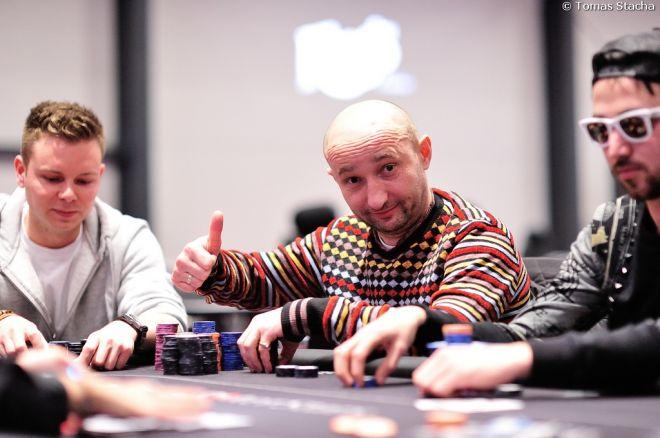 PokerNews Cup €200.000 GTD Main event má odehrány dva startovní dny 0001