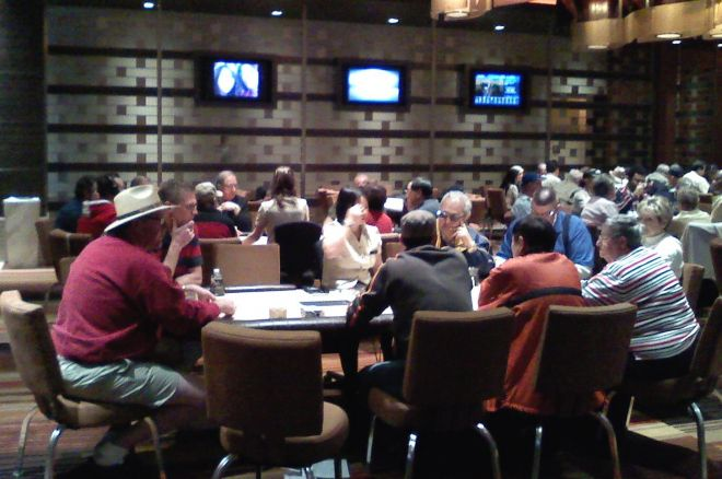 Casino Poker for Beginners: Keeping and Changing Seats