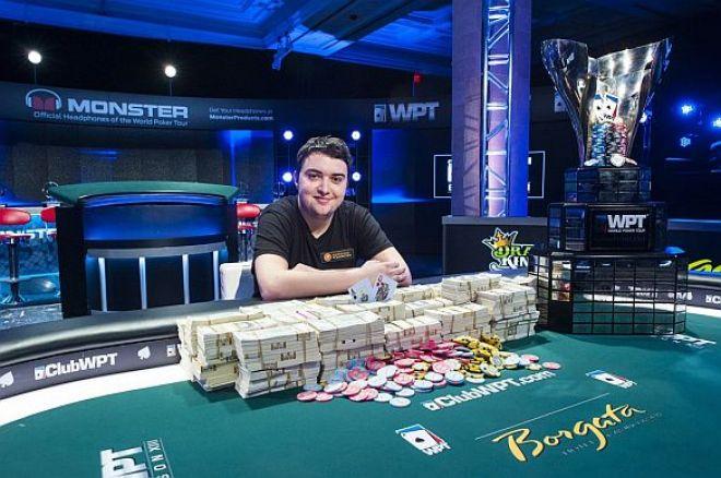 Per klaidą į turnyrą patekęs pokerio žaidėjas laimėjo milijoną dolerių 0001