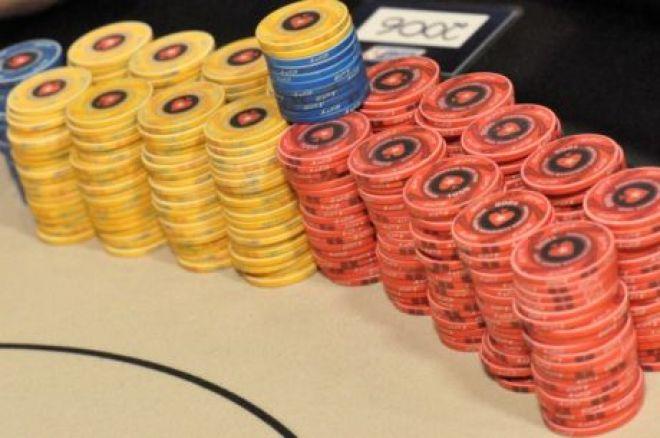 Kaip elgtis su žetonais prie pokerio stalo? Patarimai naujiems žaidėjams 0001