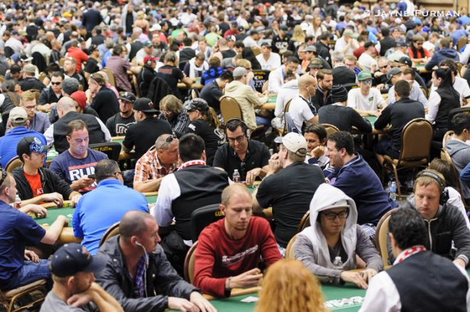 The packed Pavilion Room at the WSOP