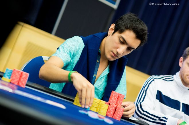 Iván Lucá cerca de la mesa final del Evento #30 de la WSOP 0001