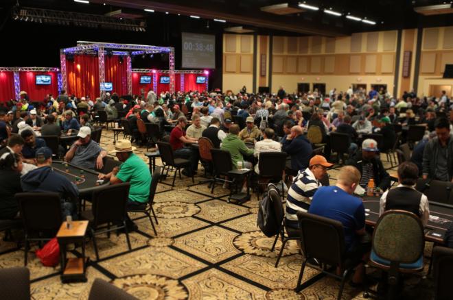 2015 River Poker Series Main Event Den 1a: Ho, Busquet a Baker mezi 27 postupujícími 0001