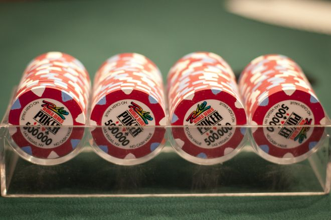 Stats from Day 1 of the 2015 World Series of Poker Main Event Final Table 0001