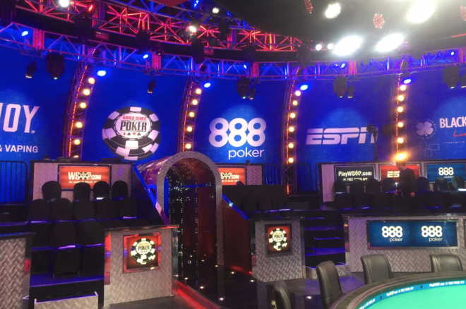 2015 WSOP Main Event 888 Hand of the Day: Team 888poker Scores Final Two Knockouts 0001