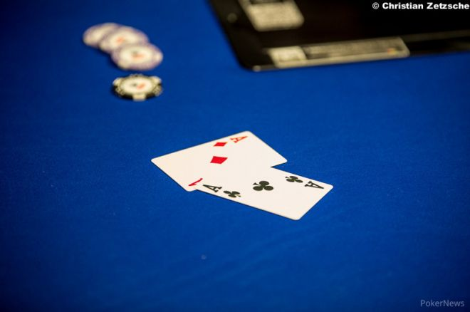 Hold'em with Holloway, Vol. 55: Don't Get Married to Pocket Aces 0001
