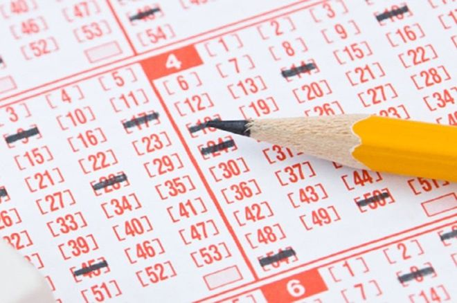Inside Gaming: Three Win Record Powerball; Atlantic City Revenue Down by Half Since Peak