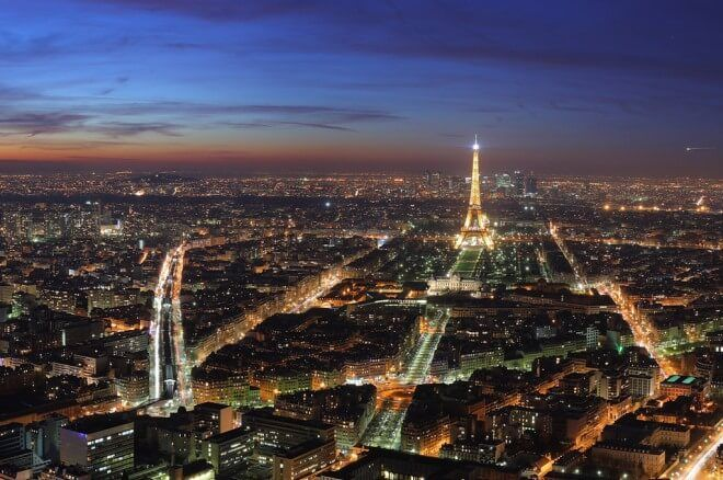 Франция обмисля отваряне на своя покер пазар през... 0001