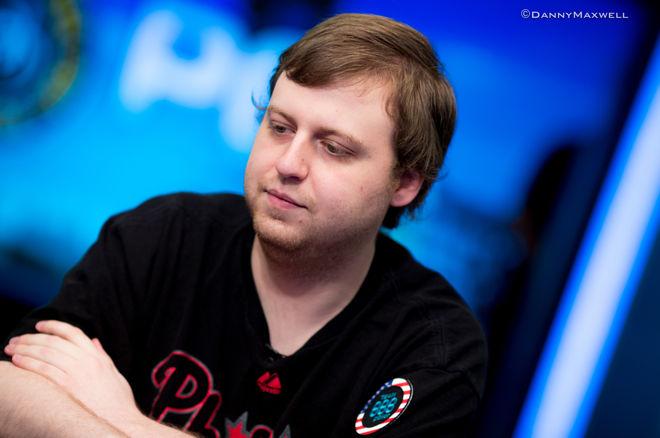 Karštą pusmetį puikiais pasirodymais tęsia pasaulio pokerio čempionas Joe McKeehenas 0001