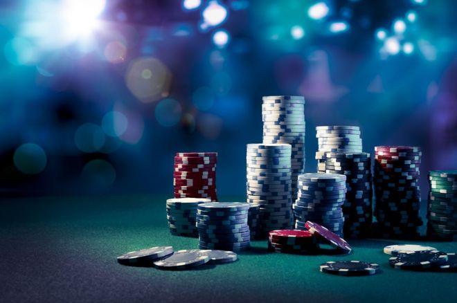 Přemýšlejte o soupeřových kartách předtím, než obětujete svůj stack! 0001
