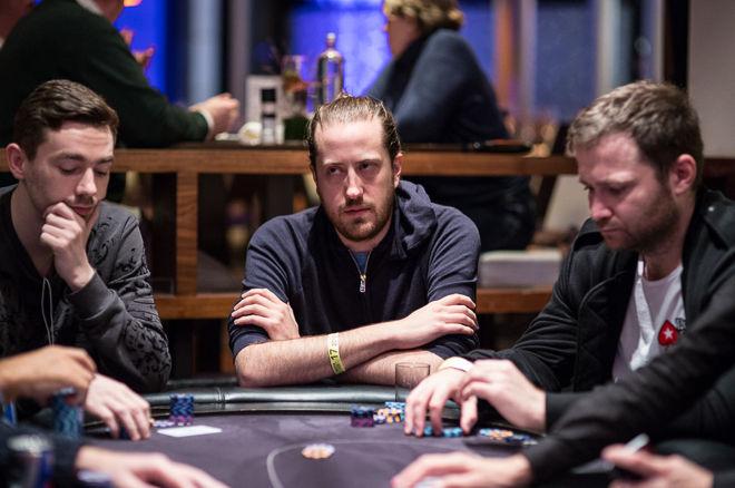 Steve O'Dwyer (center)