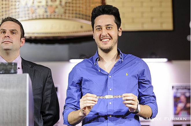 Adrián Mateos gana el Evento #33 y consigue su segundo brazalete de las WSOP 0001