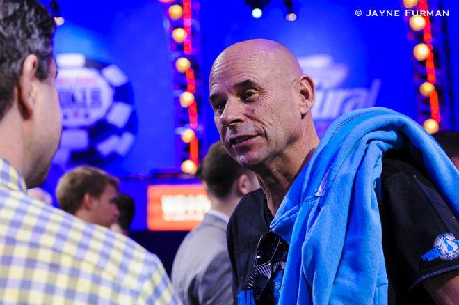 PokerNews Boulevard - Guy Laliberté krijgt coaching van Daniel Negreanu, en meer...