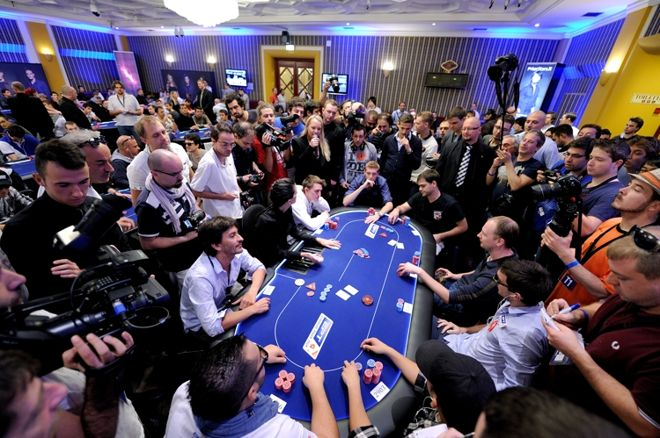 10 Multi-Table Tournament Tips: Strategy on the Bubble