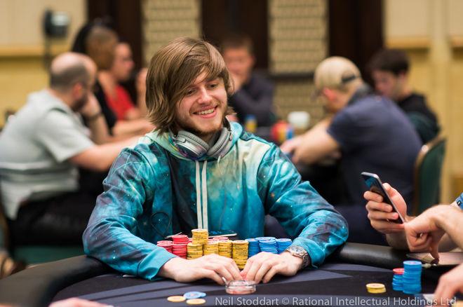 """100,000 dolerių įpirkos PCB """"High Roller"""" finale susikaus pokerio žvaigždynas 0001"""