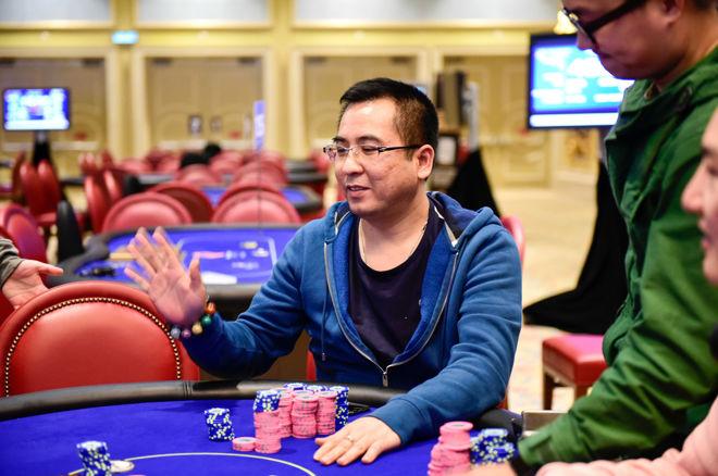 Zhong Yuan Hang Leads Final Table of Poker King Cup Macau 0001