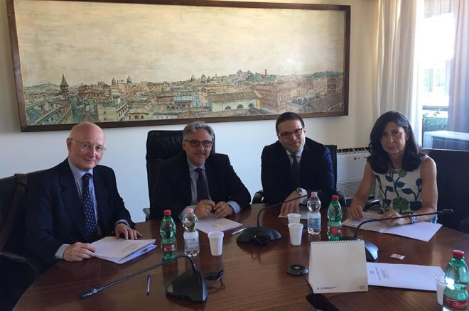 El acuerdo por la liquidez compartida quedó firmado ayer en Roma 0001