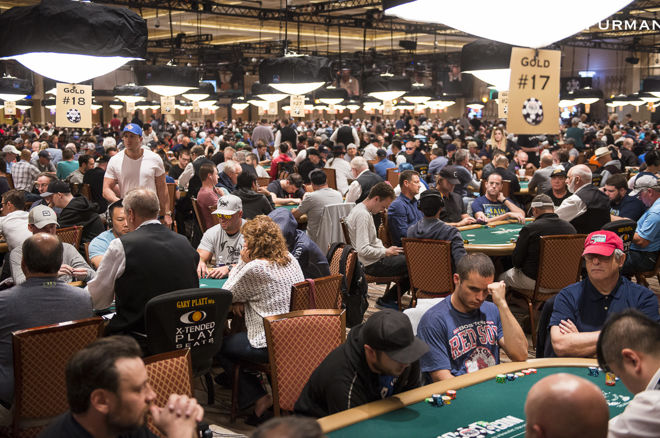 Another Strong Turnout for Day 1b of WSOP Main Event 0001
