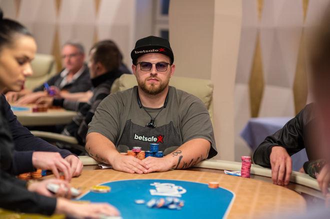 """""""PokerNews Cup"""" pagrindiniame turnyre prizus pelnė 8 lietuviai 0001"""