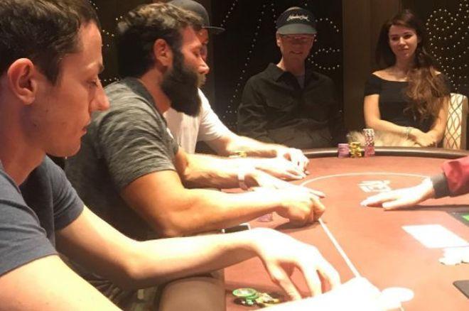 Tom Dwan et Dan Bilzerian jouent à Las Vegas 0001