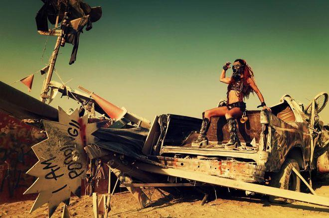 Off the Felt: Poker Takes On Burning Man 0001