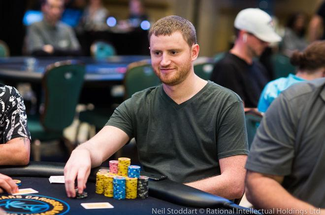 David Peters Leads Final 16 in PCA Main Event 0001