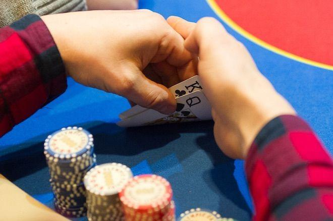 7 Highly Effective Ways to Confuse Good Poker Players and Profit More