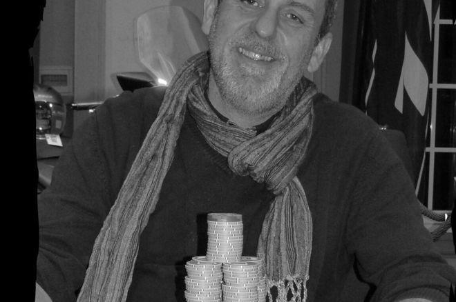 Forges-les-Eaux : Le trophée et le TMAX pour Fabrice Jacquot 0001