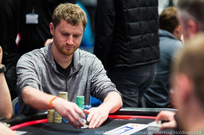 PokerStars and Monte-Carlo©Casino EPT Main Event - Peters chipleader bij laatste 45, Kitai ook op Dag 4